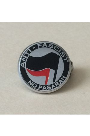 Anti-Fascist / No Pasaran Pin